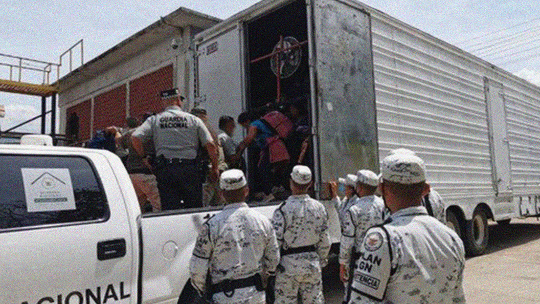 Authorities rescue 63 Central American minors and 30 adults crammed into a truck in Mexico