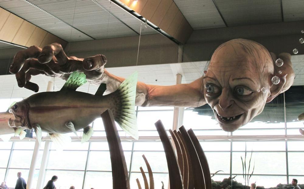 """En imagen del 24 de noviembre de 2012 una escultura de Gollum de """"The Hobbit"""" en el aeropuerto de Wellington."""