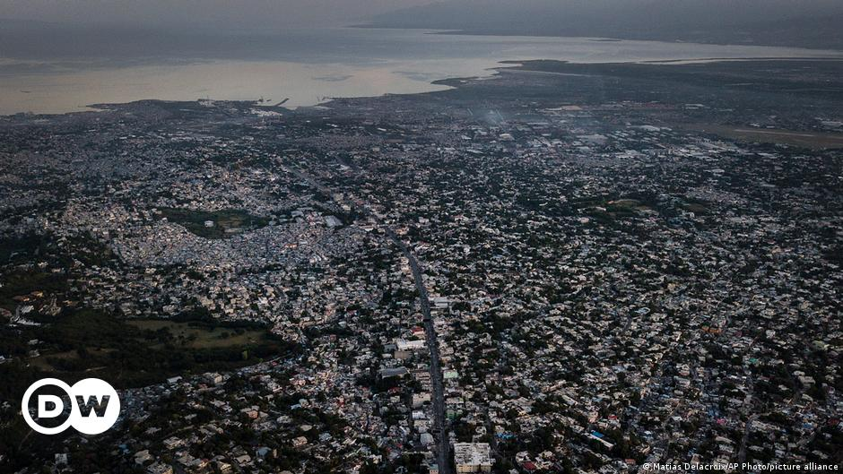 Magnitude 7.2 earthquake strikes Haiti, tsunami warning issued  The most important news and analysis in Latin America    DW