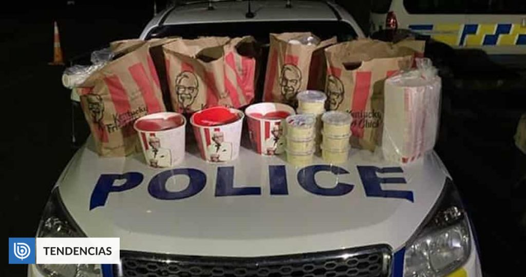 Men arrested for trying to cross Gordon with KFC products in New Zealand Community
