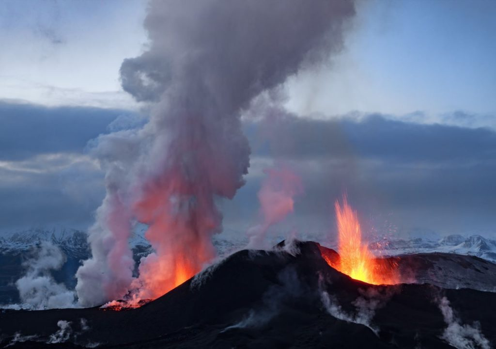 Could the La Palma volcano cause the climate to cool?