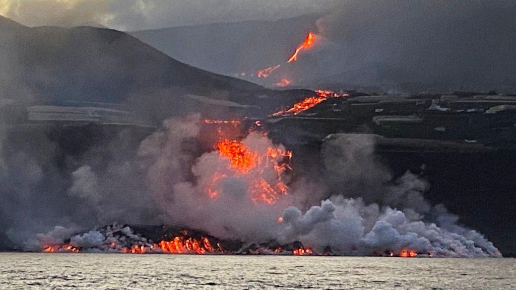 Science ship studies lava stretch from La Palma volcano into the sea: 'It's impressive' |  Science