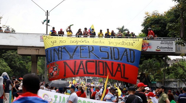 Colombians Rally Against Duque's Tax Reform