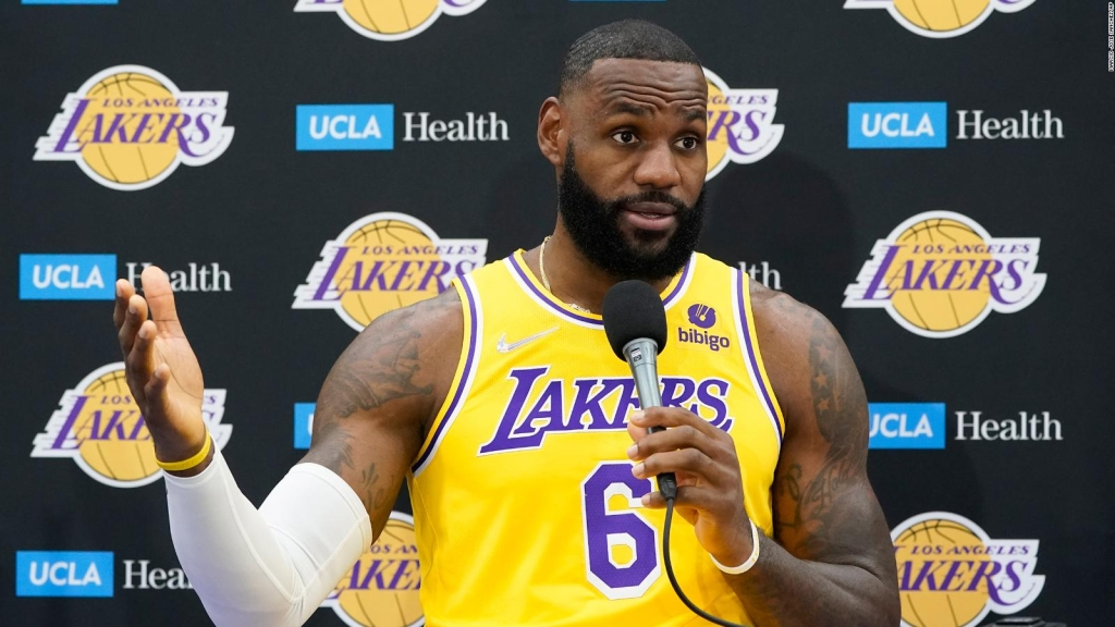 LeBron is vaccinated against Govt-19, but does not issue orders