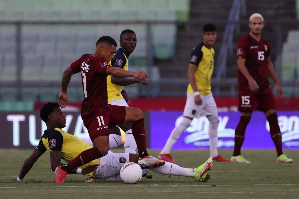 Robert Arboleda says he has no problems playing as a winger or central midfielder, in a line of 3 or 4 defenders with Ecuador |  football |  Sports