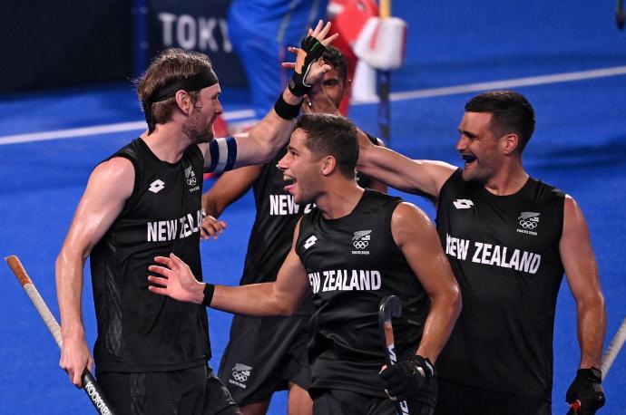 Jugadores de Nueva Zelanda celebrando la victoria